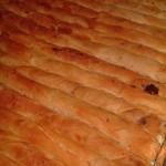 kol böreği 150x150 Patatesli Rulo Börek